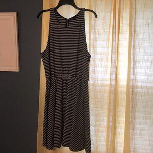 Gap dress . Grey and black stripes.